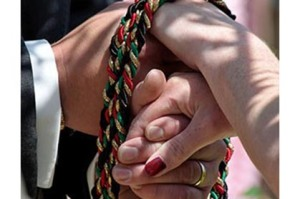 swf+tying+the+knot+is+an+old+Irish+tradition+Image+Dean+Ayres